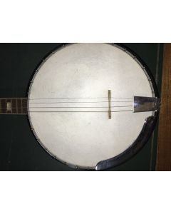 Harmony Company, Roy Smeck Model H8125, scale length 22 3/4 in., diameter of head 11 in.